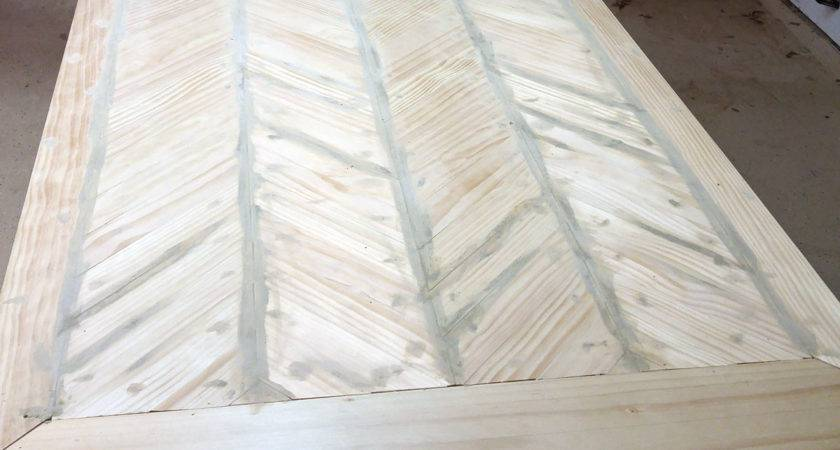 Ana White Pedestal Table Herringbone Top Diy Projects
