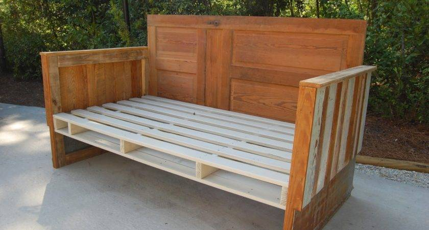 Antebellum Make Reclaimed Wood Day Bed