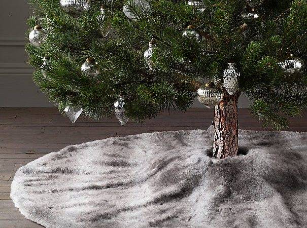Best Faux Fur Tree Skirt Ideas Pinterest