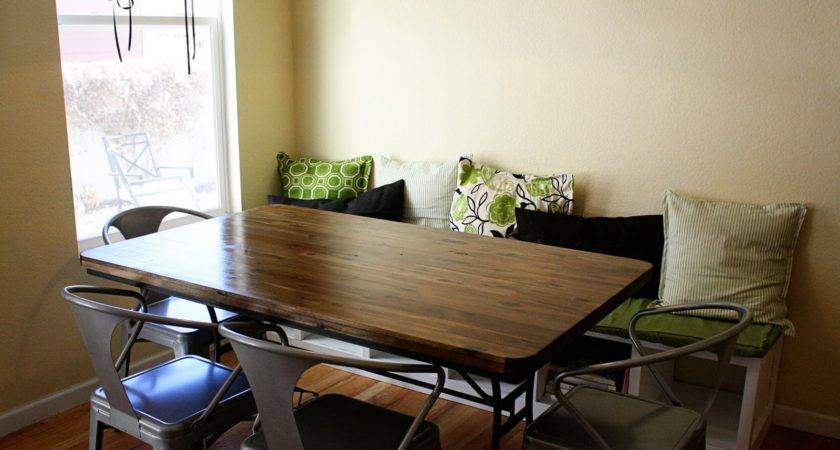 Breakfast Nook Banquette Seating