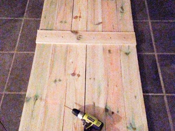 Build Barn Door Around Bucks Farm