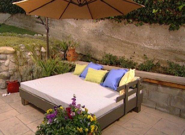 Build Outdoor Daybed Hgtv