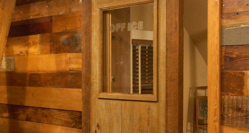 Build Sliding Barn Door Diy Tos