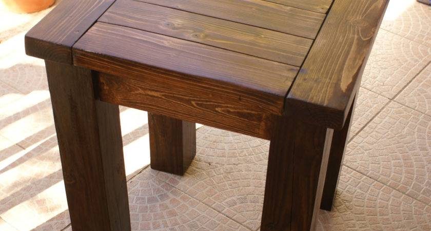 Building Small Side Table Woodworking Plans