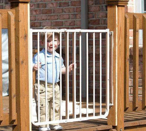 Cardinal Gates Outdoor Safety Gate Black
