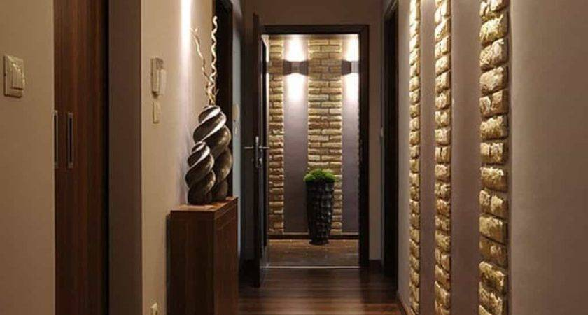 Chic Small Hallway Patterned Wall Design