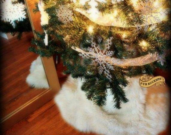 Classic Round Christmas Tree Skirt Faux Fur Sheepskin