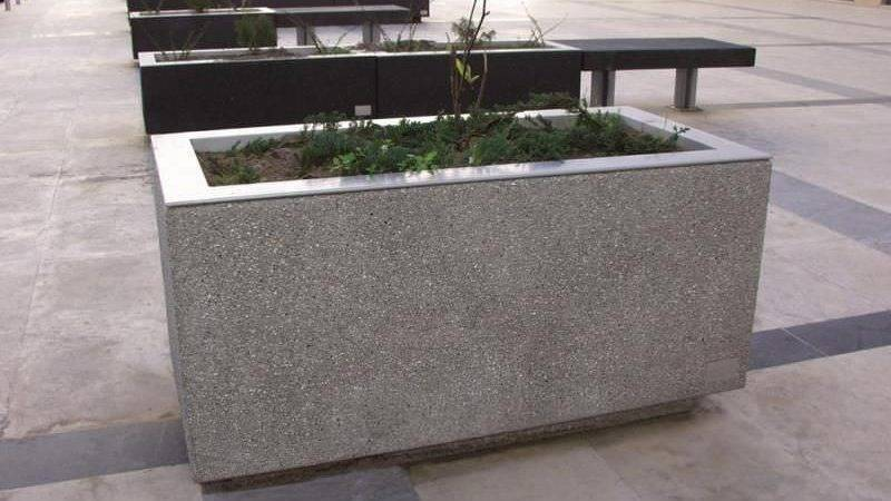 Concrete Planter Boxes Touch Your Outdoor Space