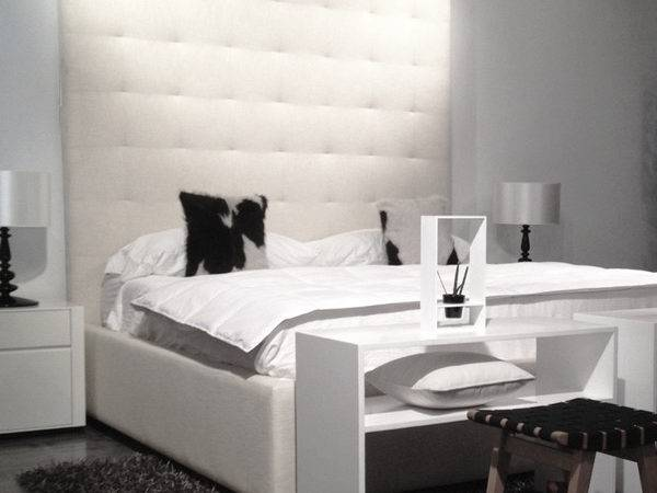Contemporary High Backboard Tufted Bed Modern Furniture