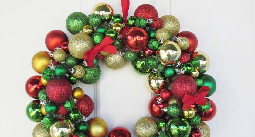 Crafts After College Ornament Wreath