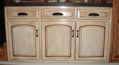 Creating Distressed Wood Cabinets Only Paint Wax