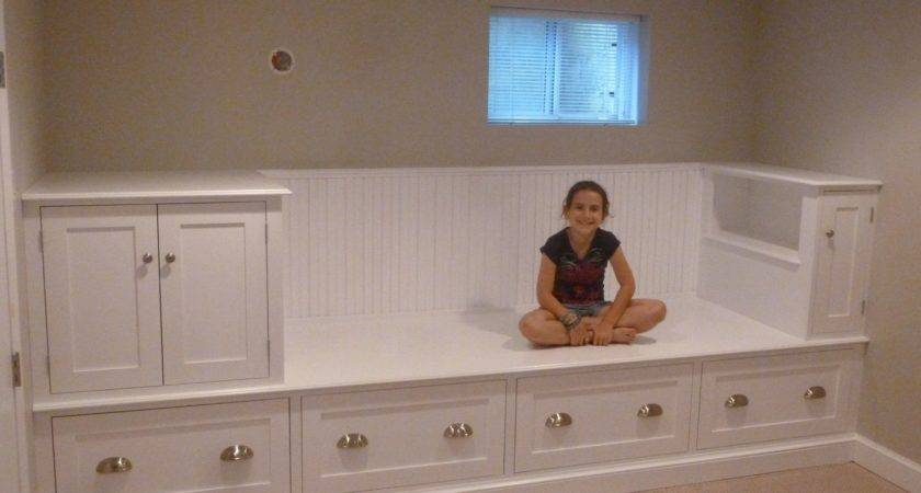 Custom Made Large Storage Bench Bed Meisterbuilders