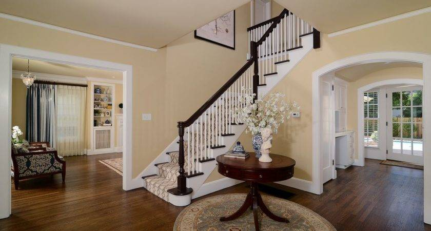 Designer Top Picks Foyer Paint Color