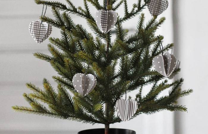 Designing Home Simple Accent Trees Christmas