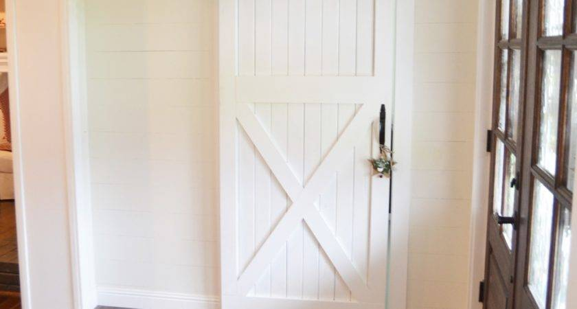 Diy Barn Door Designs Tutorials Thrifty Decor Chick