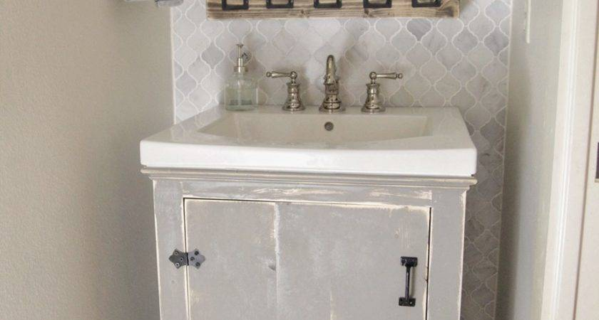 Diy Bathroom Vanity Tips Organize Stuff More Neatly