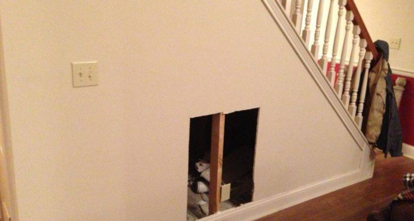 Diy Dog House Under Stairs Tutorial Rodimels