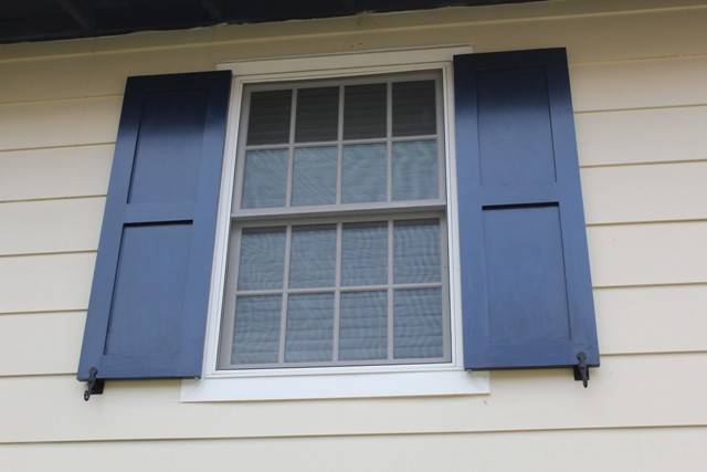 Diy Working Exterior Shutters Windows One Home Made