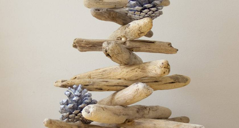 Driftwood Christmas Tree Dreaming