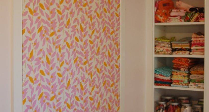 Fabric Covered Tack Board Tutorial Lots Pink Here