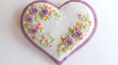 Felt Heart Pin Embroidered Beedeebabee Etsy