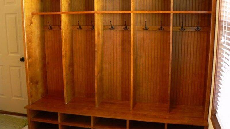 Furniture Traditional Mudroom Cubbies Make