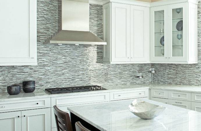 Gray White Mosaic Backsplash Design Ideas