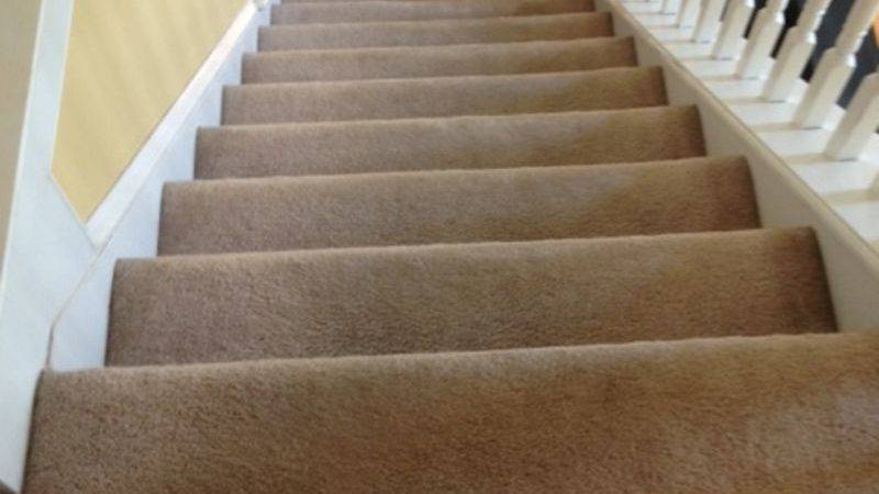 Hometalk Ripping Carpet Off Stairs