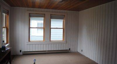House Holly Paint Knotty Pine Not