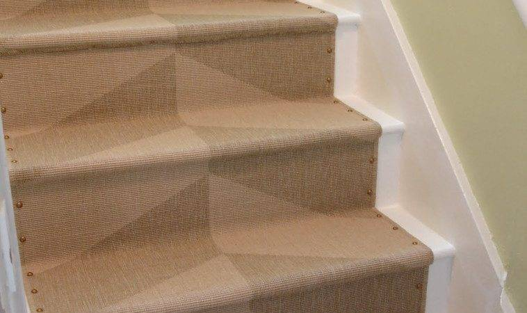 Interior Contemporary Patterned Carpet Stair Runner