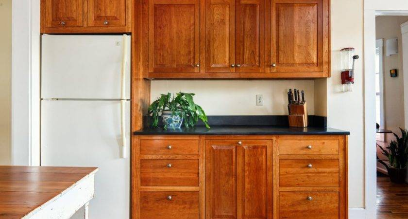Kitchen Shaker Style Cabinet