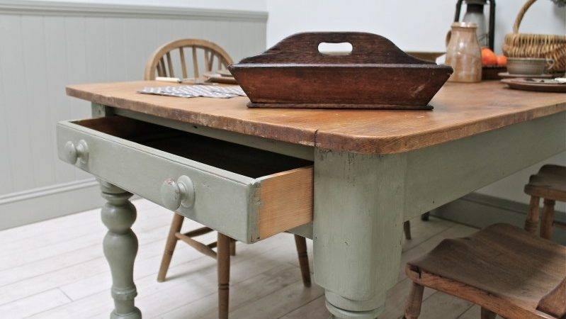 Large Distressed Pine Country Kitchen Table Sale
