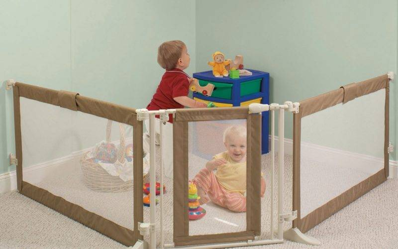 Lists Love Extra Long Baby Gate