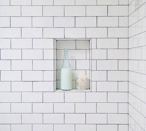 Loos White Subway Tiles Dark Grout Like