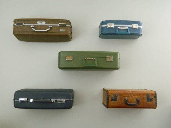 Make Your Own Diy Vintage Suitcase Shelves Crnchy Bob