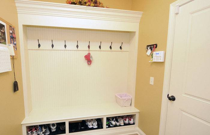 Mudroom Storage Bench Ideas Pdf Mission Style