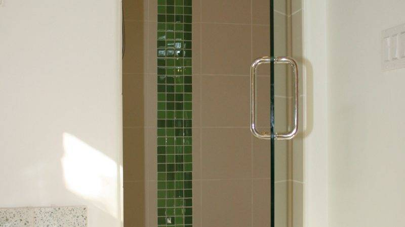 Nissan Altima Glass Shower Tile