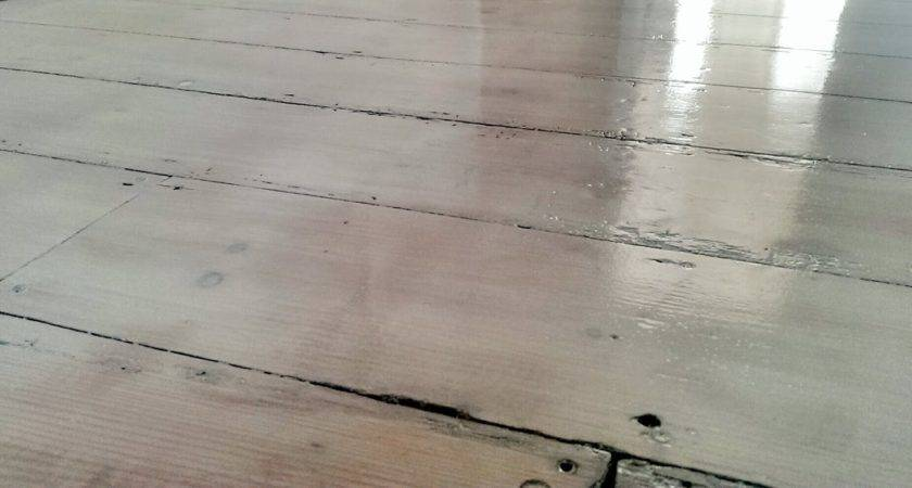 Nostalgiecat Whitewash Wooden Flooring
