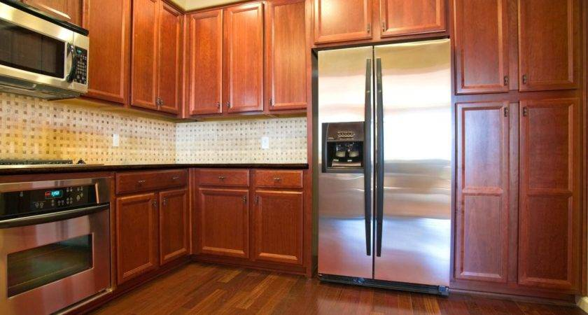 Oak Kitchen Cabinets Ideas Tips Hgtv