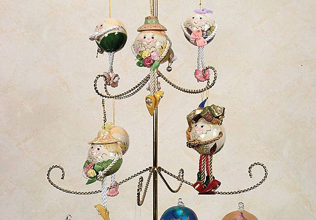 Ornament Trees Twisted Three Tier Display