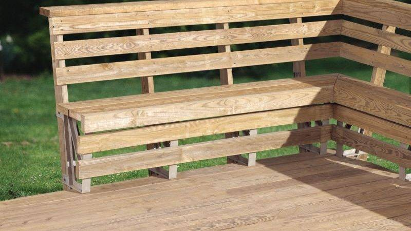 Outdoor Corner Bench Treenovation