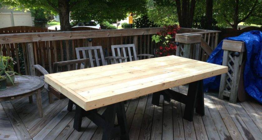 Outdoor Patio Makeover Diy Dining Table