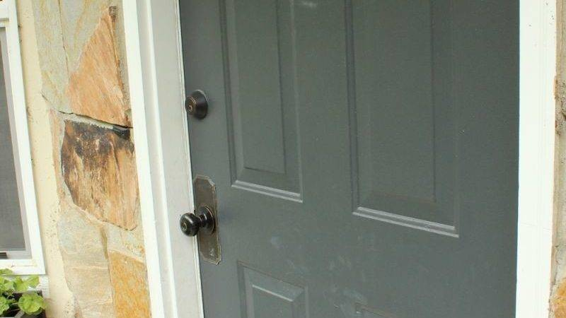 Paint Exterior Door Shut Front