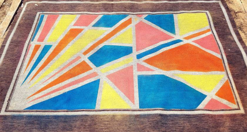 Paint Outdoor Rug Does