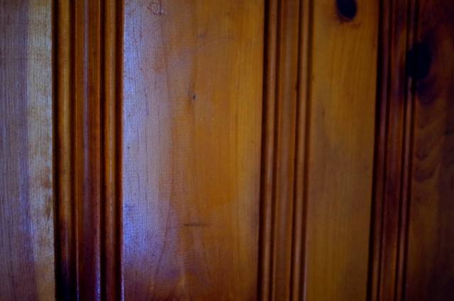 Painting Knotty Pine Astitchmatism