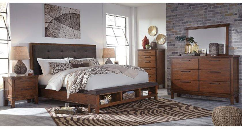 Queen Upholstered Bed Bench Storage Footboard