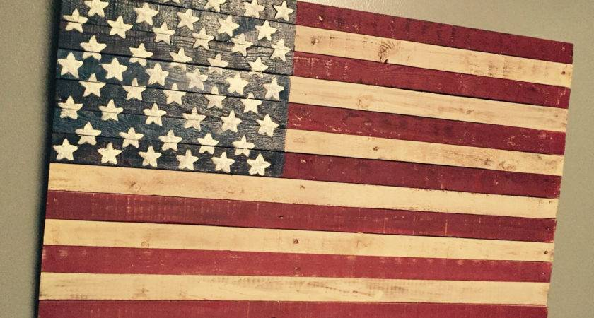 Reclaimed Wood Pallet American Flag