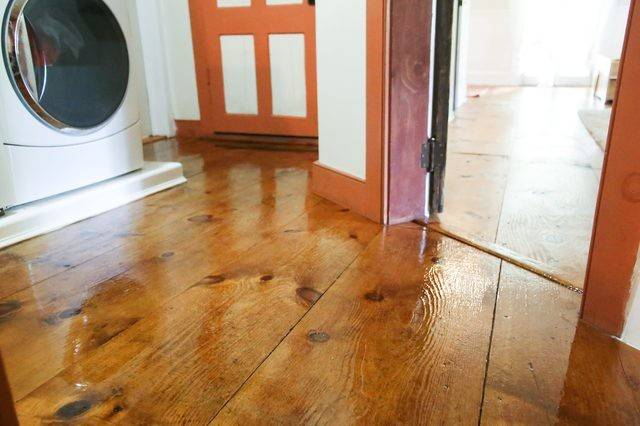 Refinish Old Wood Floors Without Sanding Ehow