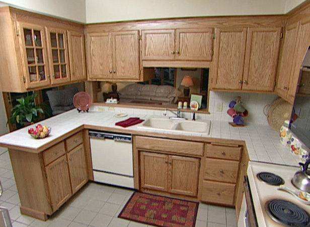 Refinish Your Kitchen Cabinets Easy Tricks