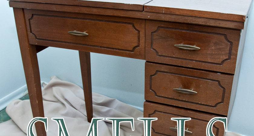 Remove Musty Mothy Moldy Smells Wood Furniture
